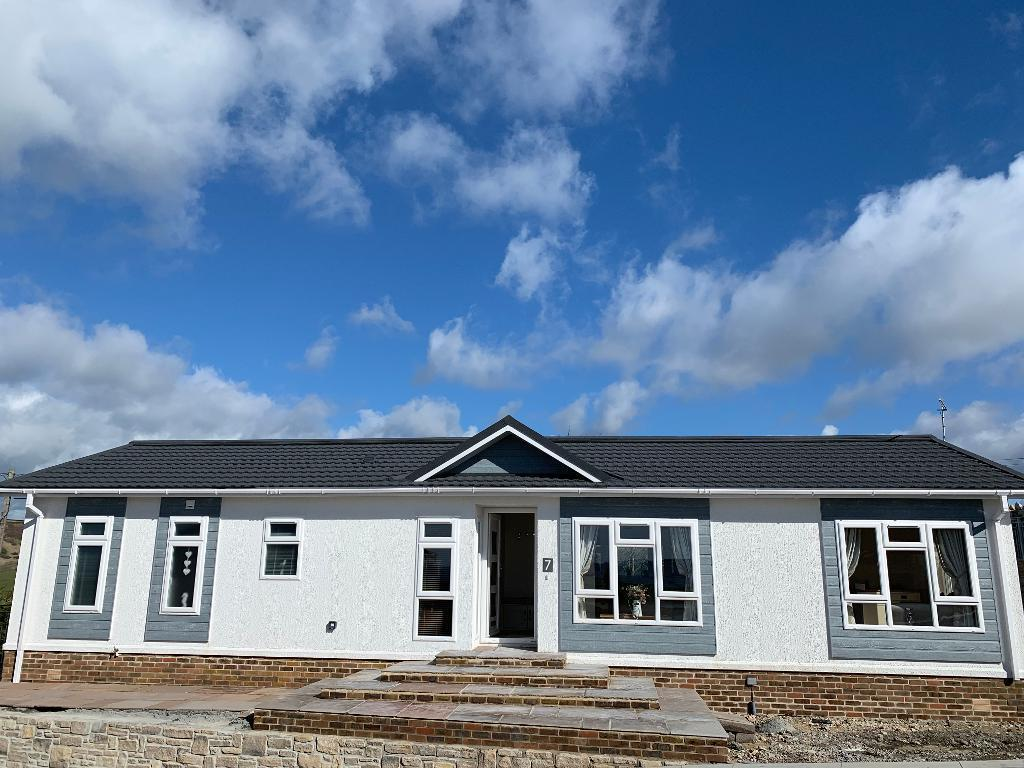2 Bed New Park Home Property for Sale in West Moors, BH22 0BW by Right Choice Park Homes