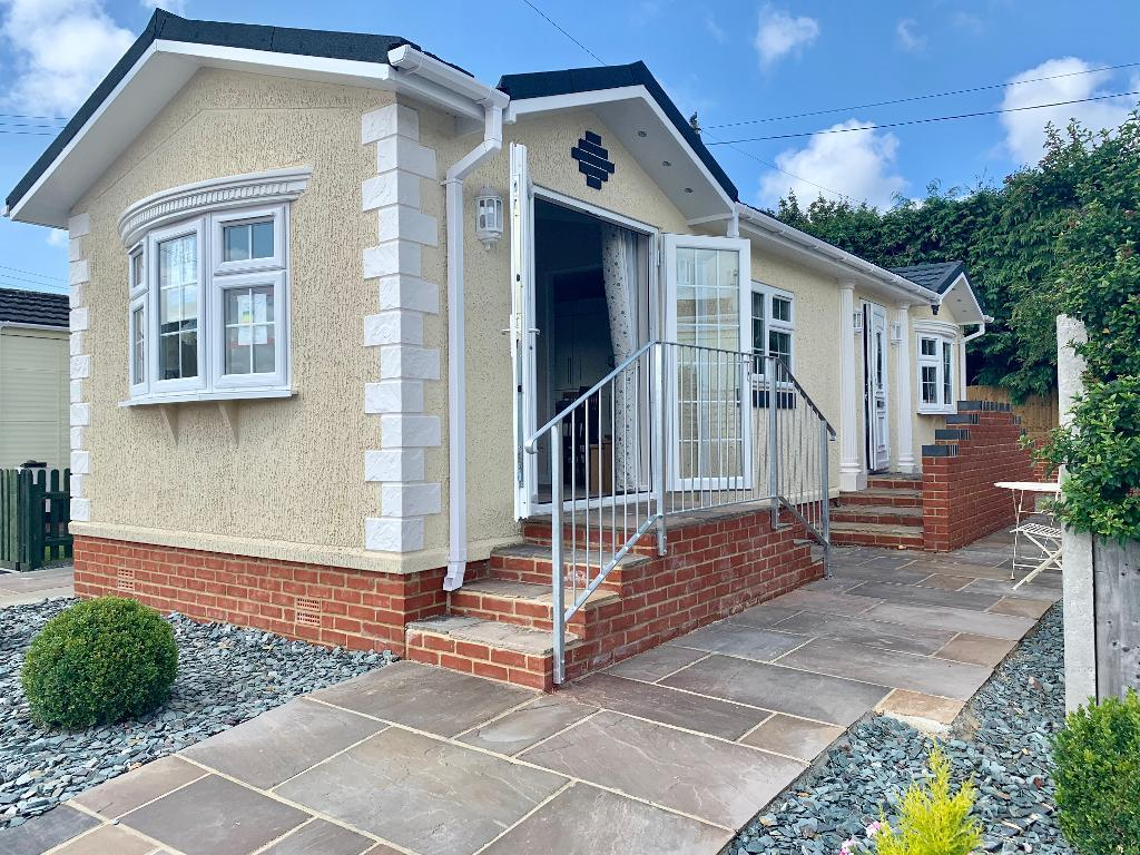 2 Bed New Park Home Property for Sale in Winfrith Newburgh, DT2 8LD by Right Choice Park Homes