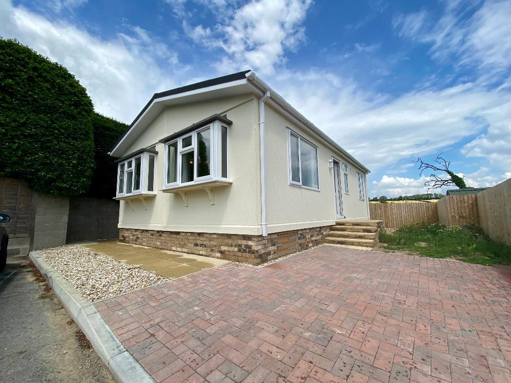 2 Bed New Park Home Property for Sale in Yeovil, BA22 7QA by Right Choice Park Homes