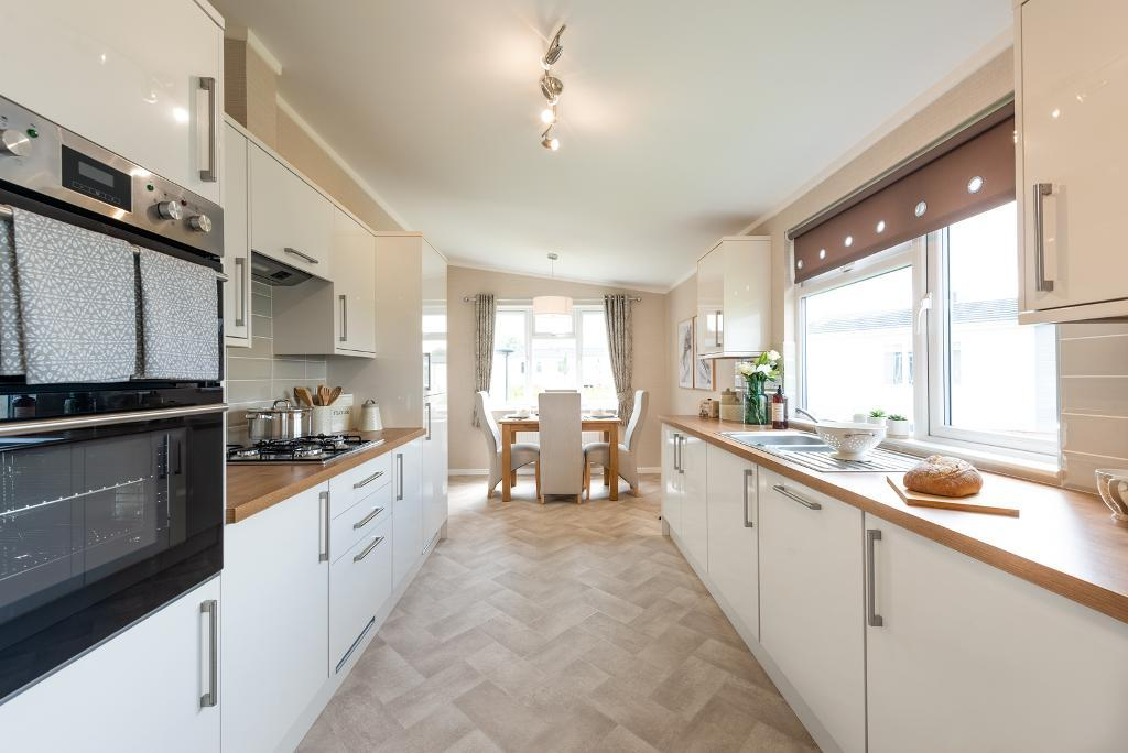 2 Bed New Park Home Property for Sale in Wimborne, BH21 3EF by Right Choice Park Homes