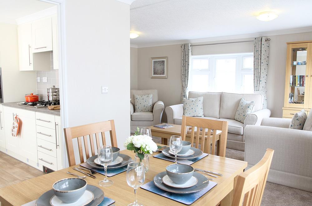 2 Bedroom New Park Home for Sale in Finchampstead, RG40 4EX by Right Choice Park Homes