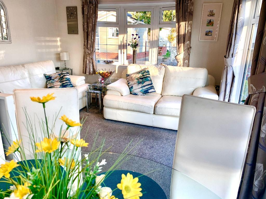 2 Bed New Park Home Property for Sale in Poole, BH16 6ES by Right Choice Park Homes